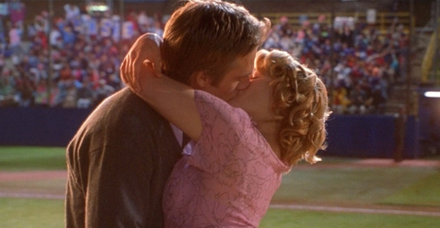 Image: kiss scene from the film Never Been Kissed