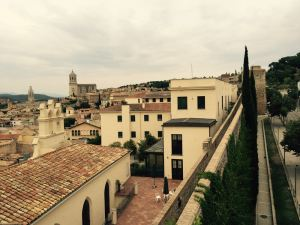 Image: Girona Skyline from the Wall