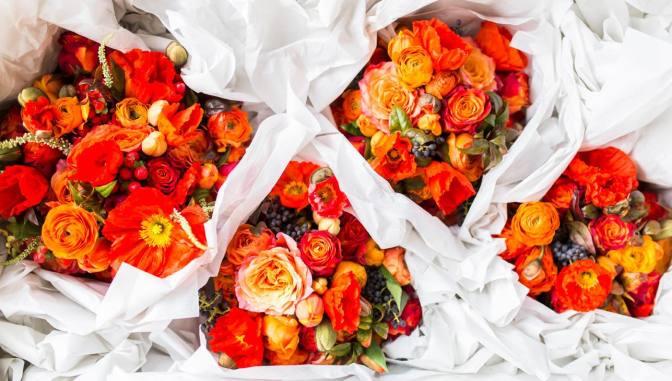 Image: Orange Wedding Bouquets