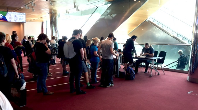 Queuing for Scott Lynch Signing, Worldcon